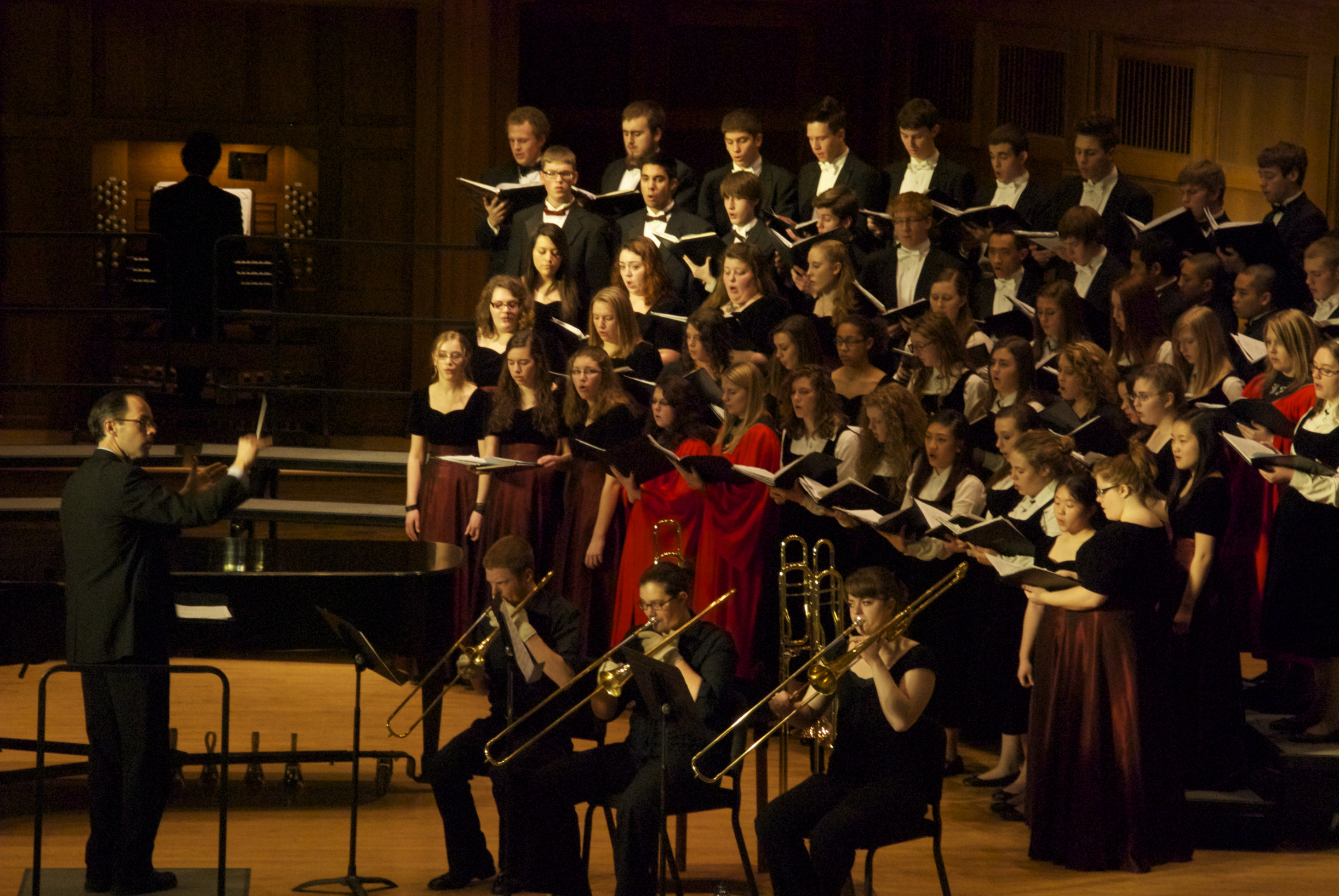 Lawrence's choirs offer up an energizing evening of fine