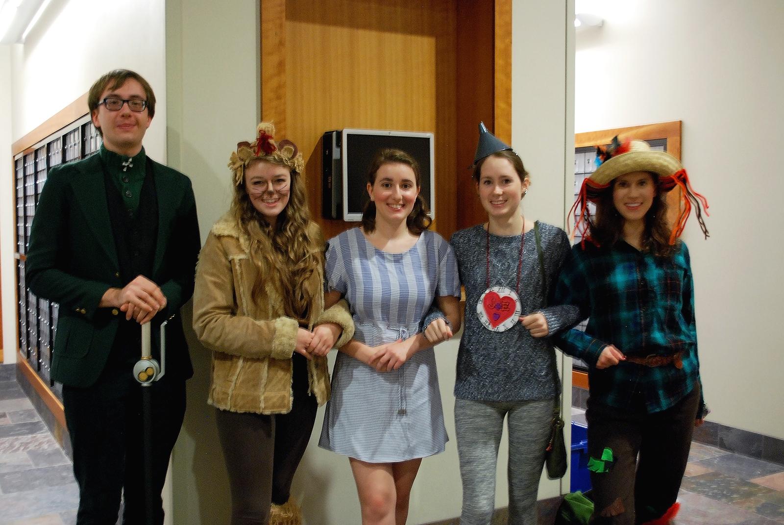 Left to right: Mathew Hjelle, Maddie Knudson, Mia Delasho, Emma Fletcher and Ellie Van Why in Wizard of Oz costumes.  Photo by Larissa Davis